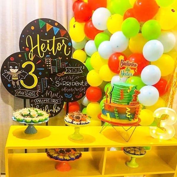 decoração criativa e simples de mesversário