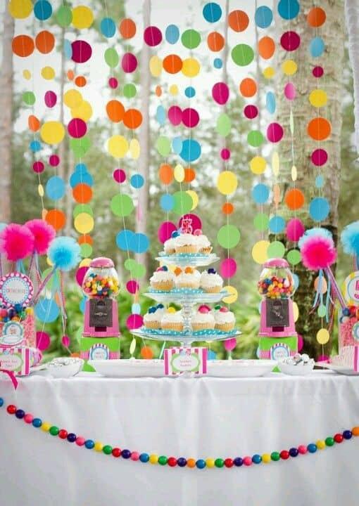 decoração simples e criativa para festa de mesversário