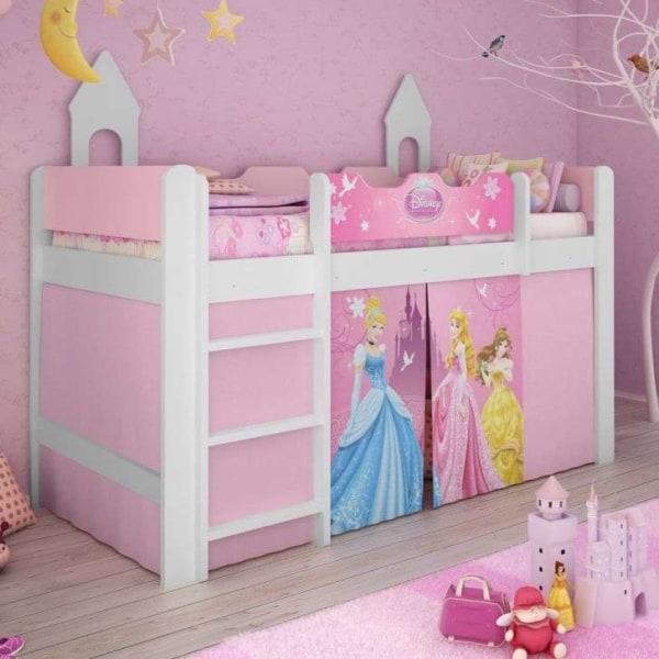 Cama suspensa pink com princesas da Disney