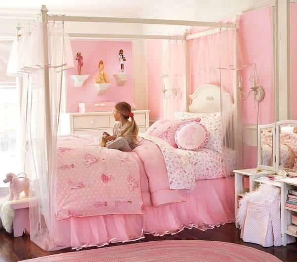 Inspiração de cama com roupa de cama rosa princesa