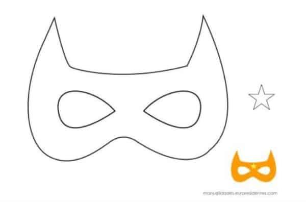 Máscara carnavalesca para colorir14