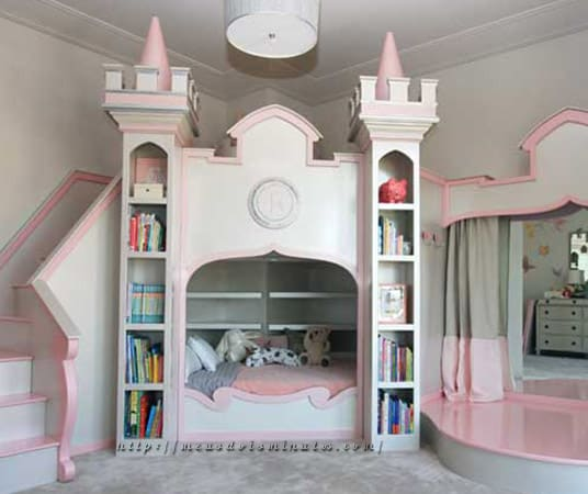 Quarto todinho decorado com estilo de princesa