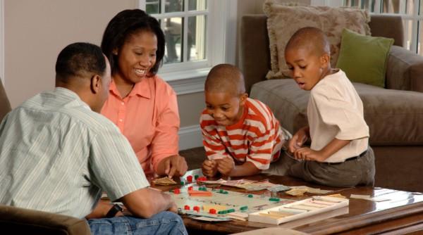 brincadeira em familia jogos de tabuleiro