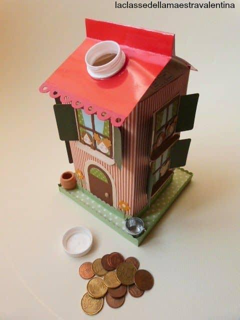 brinquedo com caixa de leite casa decorada