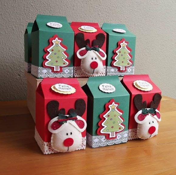 brinquedo com caixa de leite para o natal