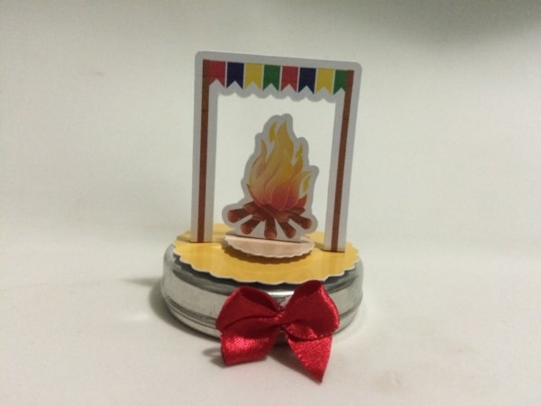 Lembrancinhas para Festa junina infantil fogueira