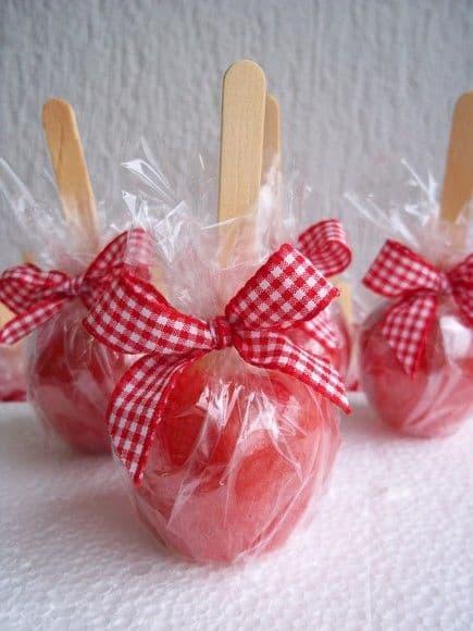 Lembrancinhas para Festa junina infantil maçã do amor