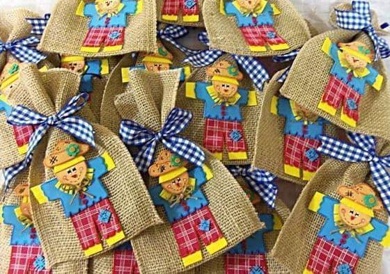 Lembrancinhas para Festa junina infantil saquinnho