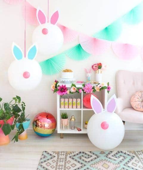 Mesversário Páscoa decoração com balões personalizados9