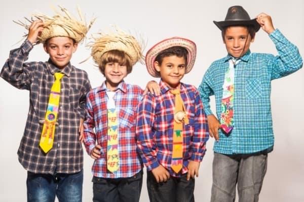Roupas de festa junina infantil para meninos