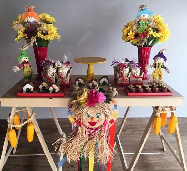 decoração de festa junina simples para mesversário