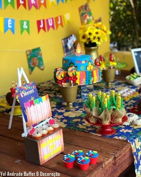 decoração de festa simples para mesversário em junho