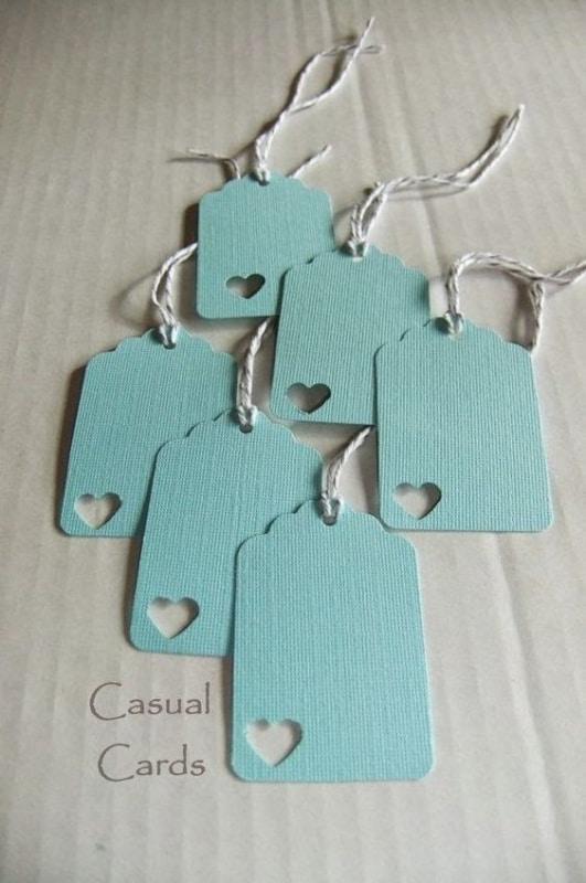 Modelo de tag para lembrancinha maternidade azul com coração