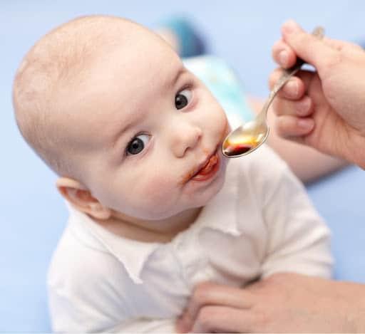 Vitamina para bebê em suplemento