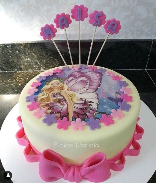 bolo de pasta de leite em pó com papel de arroz da Barbie butterfly