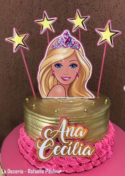 bolo decorado em dourado e rosa da Barbie princesa