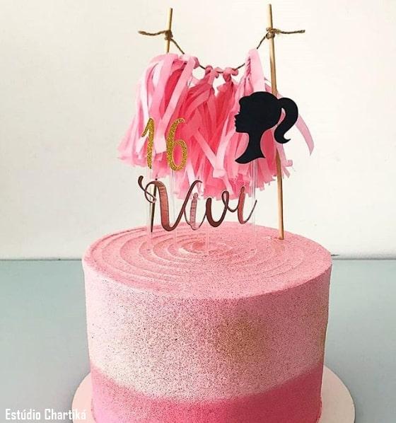 topo de bolo simples da Barbie