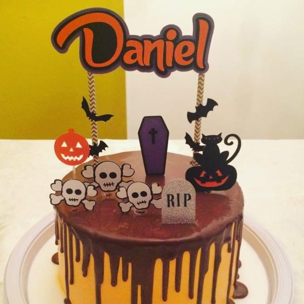 Bolo mesversário Halloween chocolate