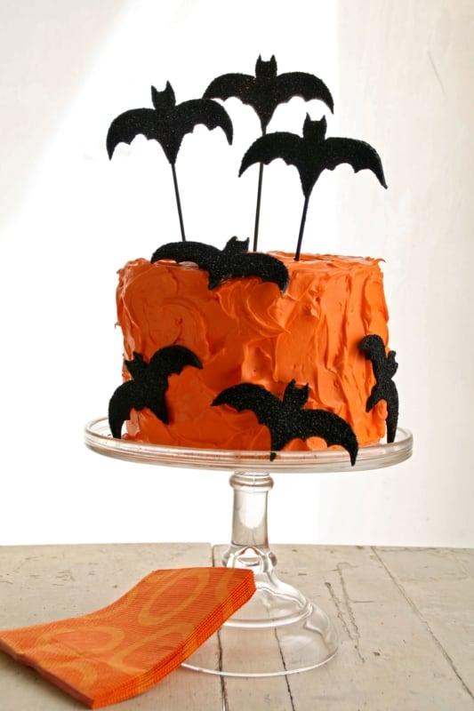 Bolo mesversário Halloween simples