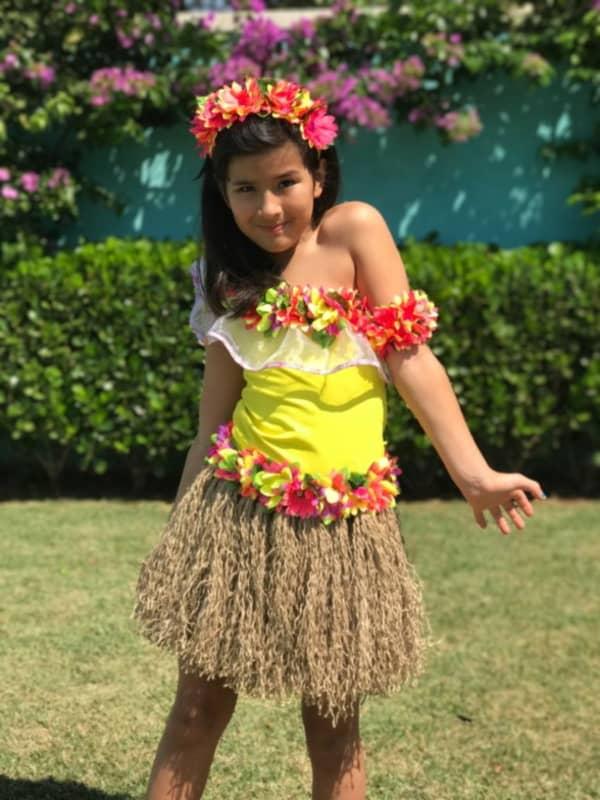 fantasia de indio infantil menina com saia de palha