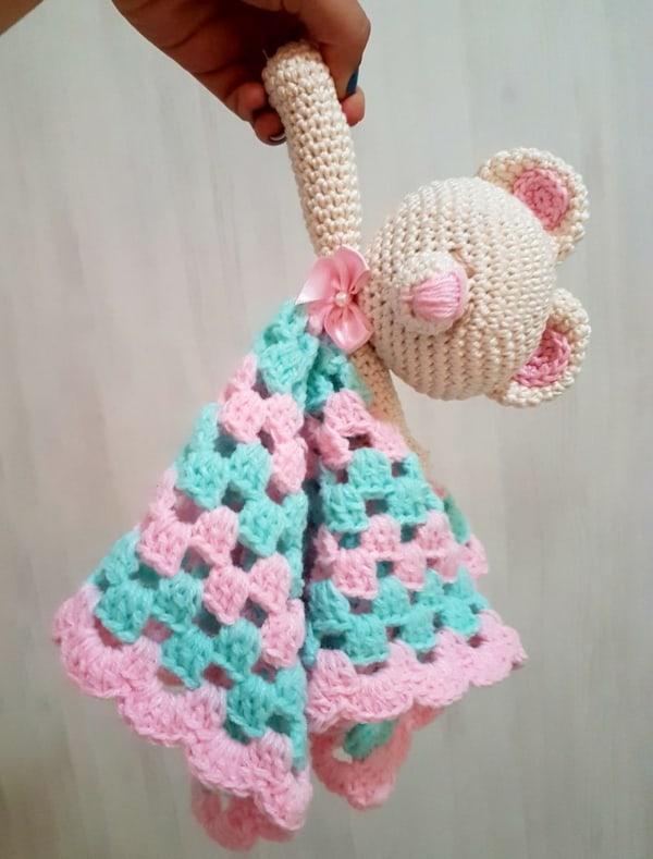 Amigurumi de crochê rosinha 1