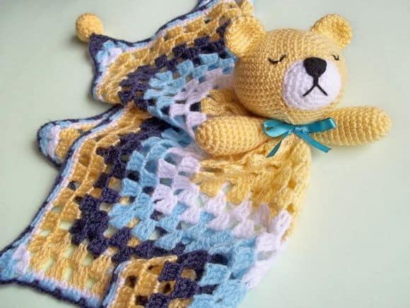 Amigurumi naninha feito de crochê 1