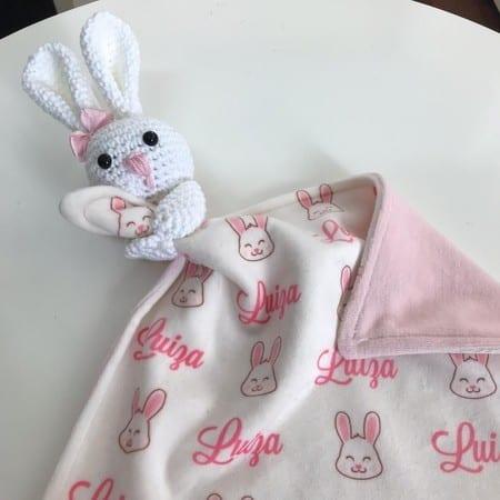 Modelo de naninha personalizada de coelhinho