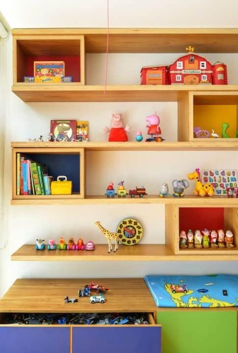 Nichos e prateleiras para brinquedoteca 5