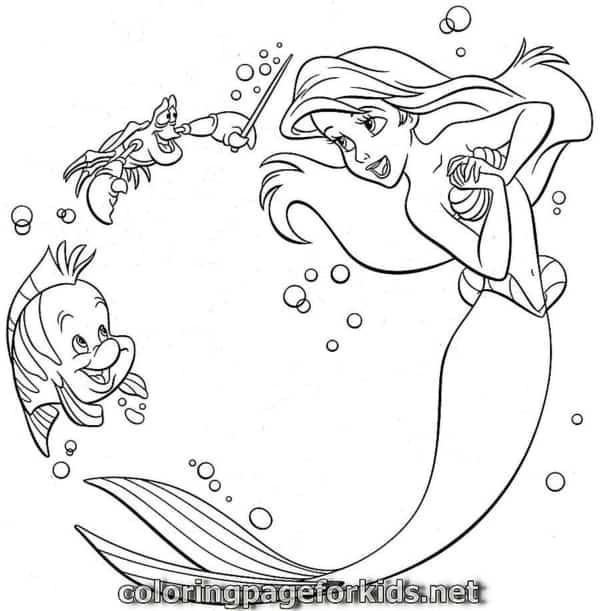 O filme a pequena sereia é muito popular e as crianças adoram colorir esses personagens