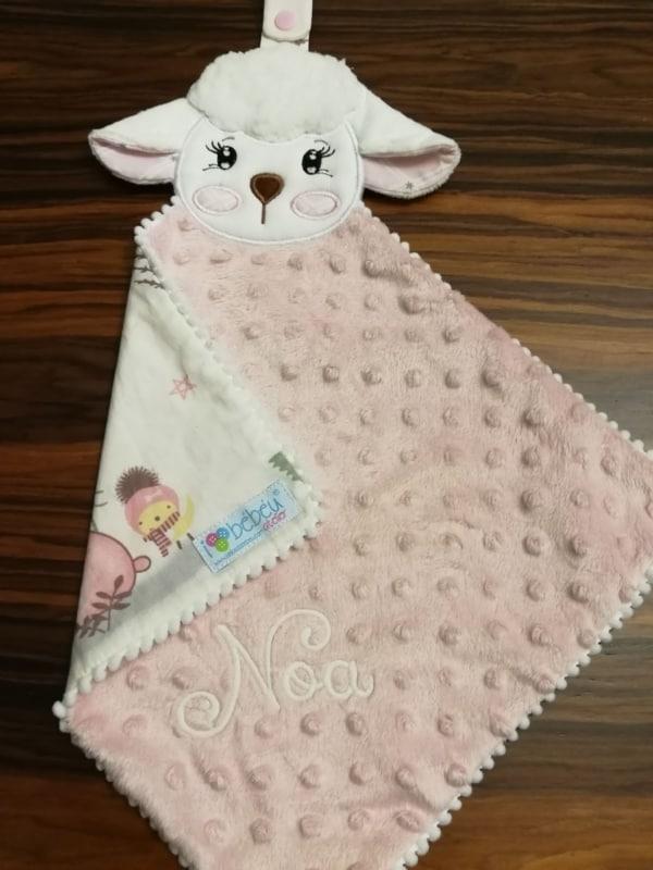 naninha para bebê personalizada de ovelhinha
