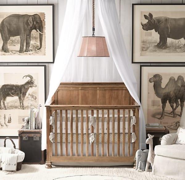 temas para quarto de bebê com berço de madeira