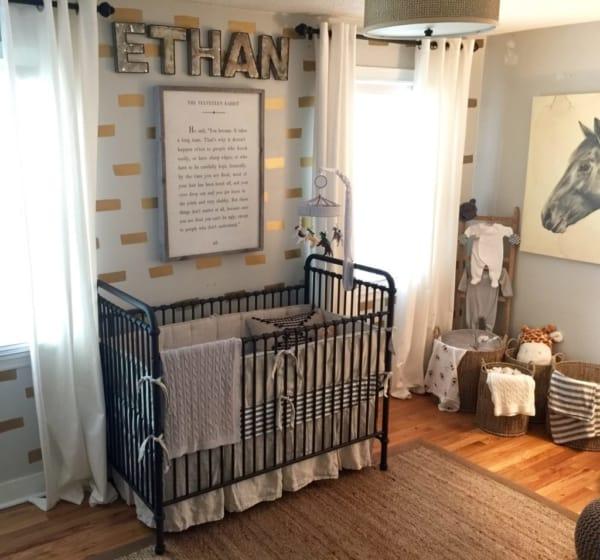 temas para quarto de bebê para meninos cavalos