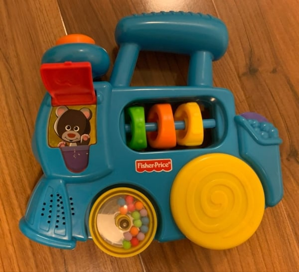 brinquedo interativo com som ao apertar