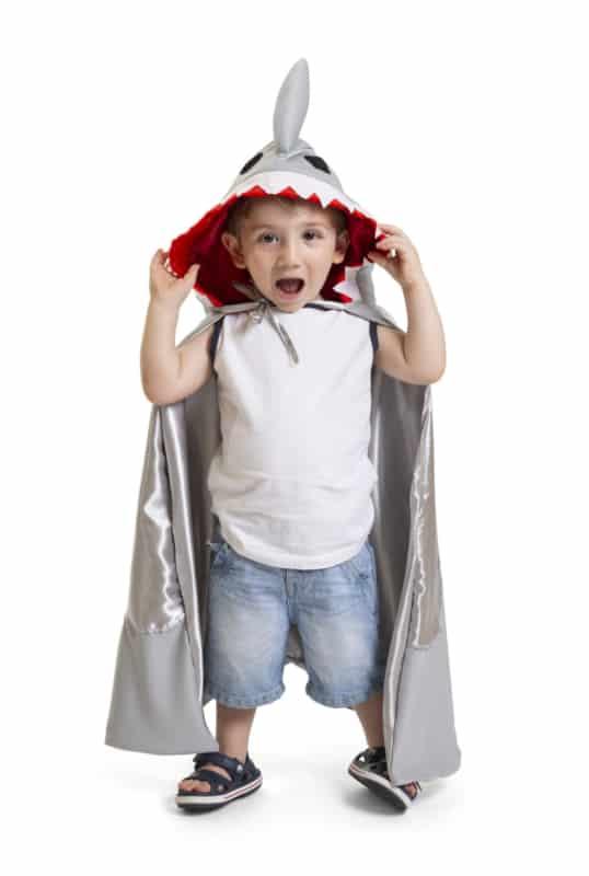 fantasia de tubarão com capa