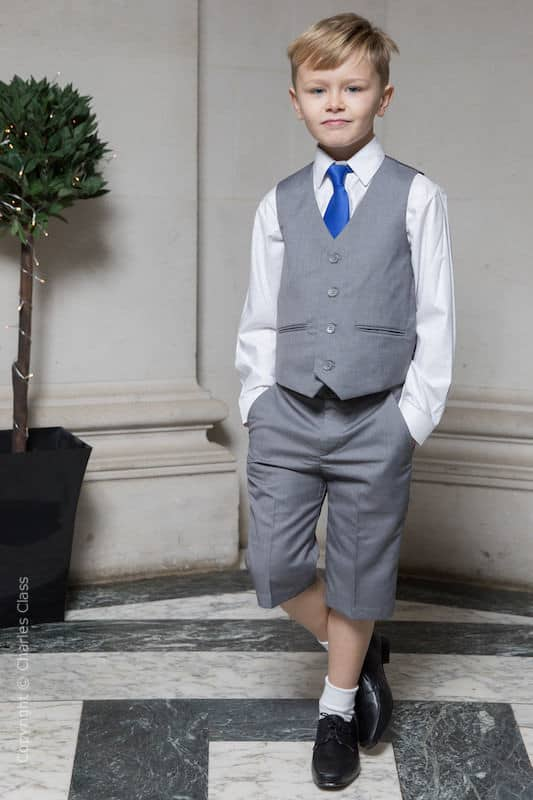 gravata infantil azul com bermuda cinza