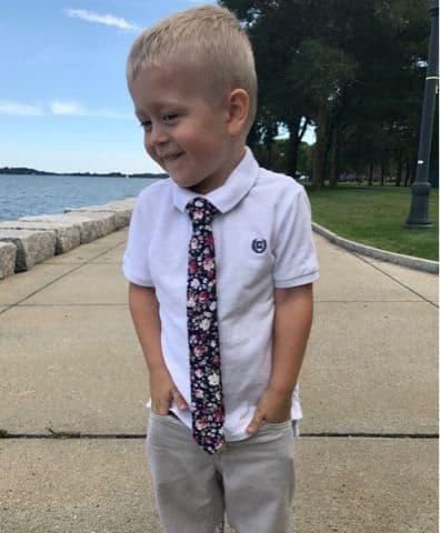 gravata infantil look informal