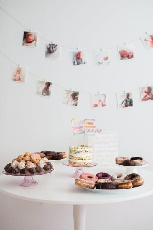 decoracao simples para festa de mesversario em casa