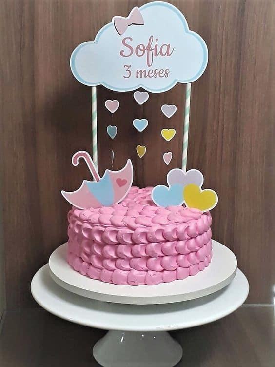 bolo de chantilly chuva de amor para mesversario
