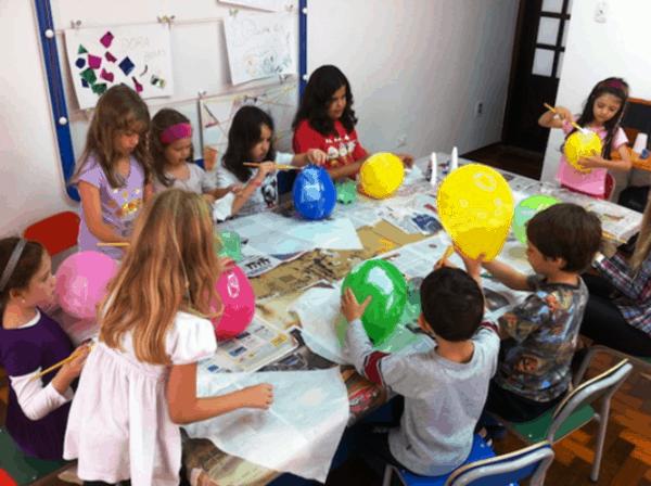 atividade na escola durante as ferias