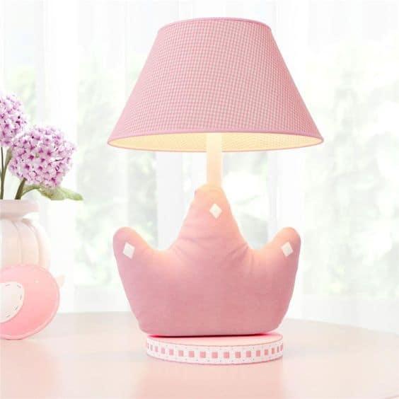 abajur rosa para decoracao de quarto de bebe