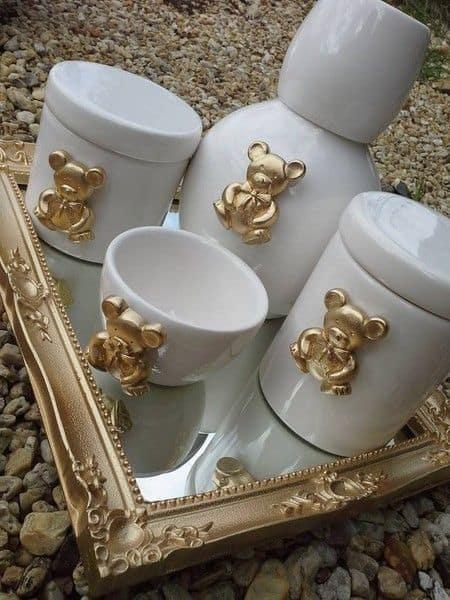 kit higiene de porcelana branca com ursinhos dourados