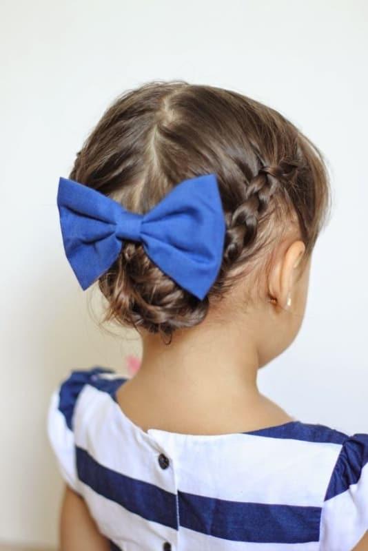 penteado infantil com tranca para cabelo curto