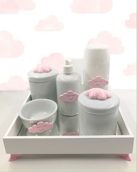 kit higiene branco com nuvem rosa