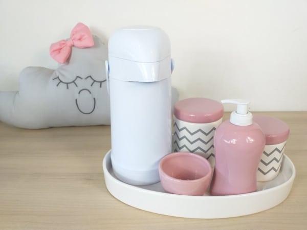 kit higiene de porcelana rosa e cinza