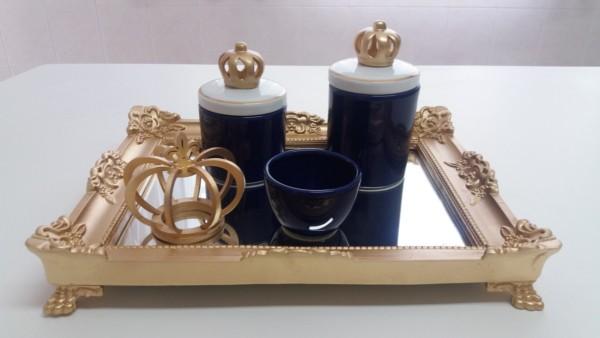 kit higiene bebe em azul marinho e dourado