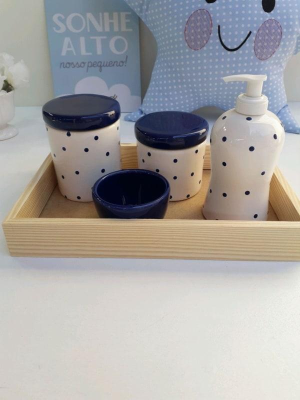 kit higiene de porcelana em azul marinho e branco