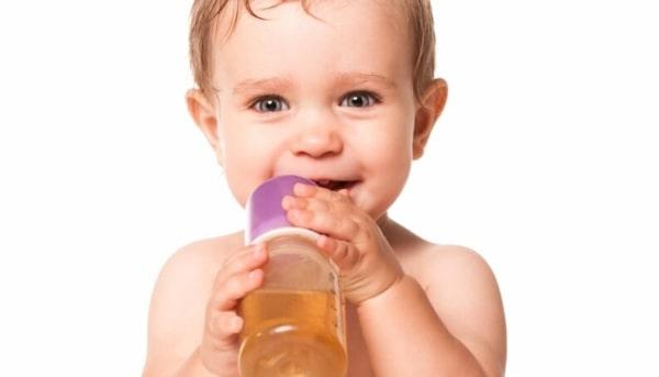 cuidados ao dar cha de camomila para bebe