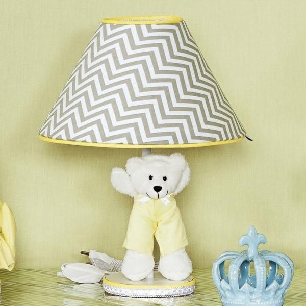 abajur amarelo e cinza para decorar quarto de bebe