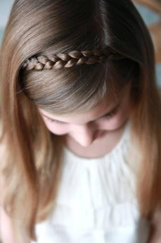 penteado infantil com tiara de tranca